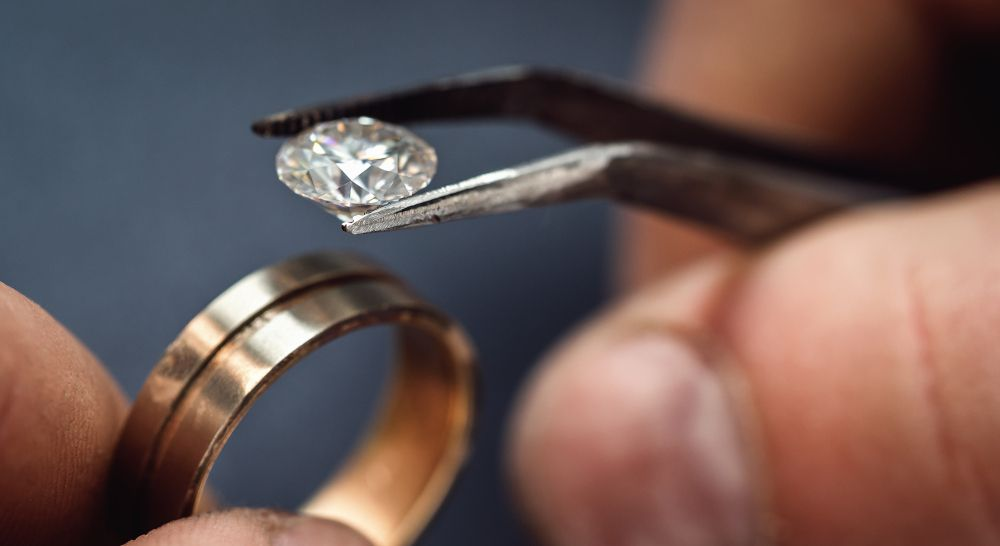 Trauring Ehering mit Diamant fassen