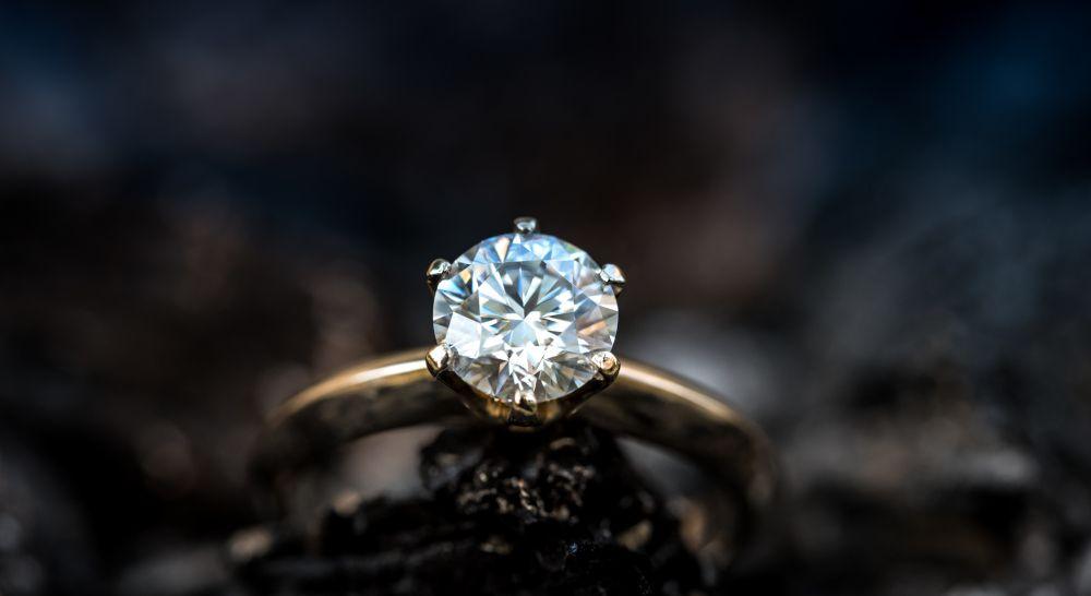 Verlobungsring Hochzeitsring Trauring Solitär Heirat Antrag Geschenk Symbol loser Diamant